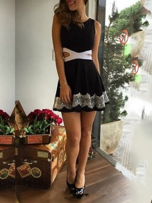 Black Lace Cut Out Round Neck Sleeveless Party Mini Dress