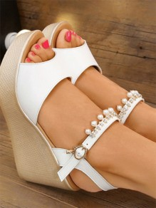 White Round Toe Pearl Fashion High-Heeled Sandals