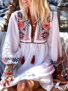 White Floral Tassel Oversize V-neck Bohemian Beach Mini Dress