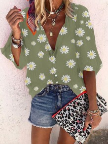 Green Small Daisy Print V-neck Long Sleeve Honey Girl Blouse