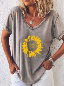 Grey Sunflower V-neck Short Sleeve Casual Fashion Blouse