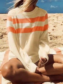 White Striped Print Long Sleeve Round Neck Fashion Pullover Sweater