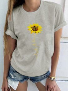 Grey Chrysanthemum Bee Round Neck Short Sleeve Cute T-Shirt