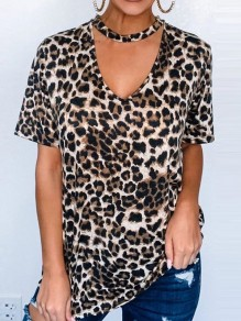 Brown Leopard Cut Out V-neck Short Sleeve Fashion T-Shirt