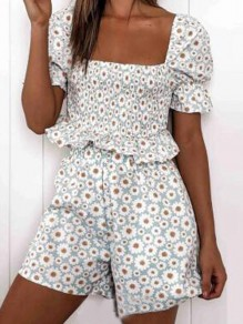 White Daisy Pattern Ruffle Two Piece Cute Pajama Loungewear Lounge Set