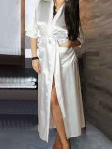 White Pockets Sashes V-neck Half Sleeve Satin Coat Sleepwear