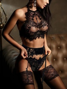 Black Patchwork Lace Cut Out 2-in-1 Sleeveless Fashion Lingerie Bra Panty Sets
