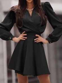 Black Solid Color V-neck Homecoming Party Fashion Mini Dress