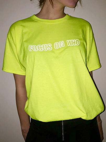 Neon Green FOCUS ON WHO Print Reflective Round Neck Short Sleeve Oversize Fashion T-Shirt